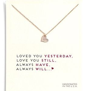 Jewelry - NEW✨ 18k Gold Heart Necklace Love Gift on Card